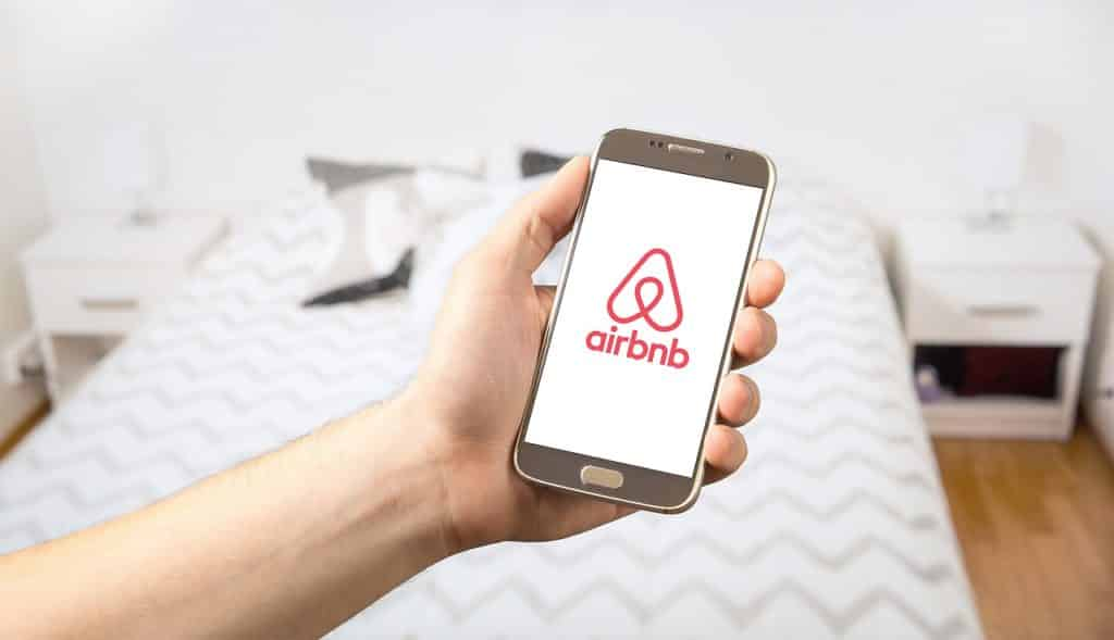 airbnb luxe tourisme
