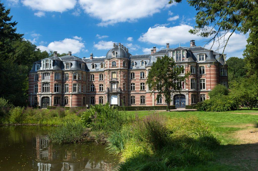 manoir chateau location saisonniere
