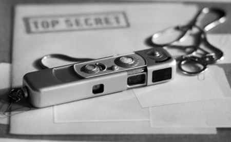 camera discrete cachée airbnb