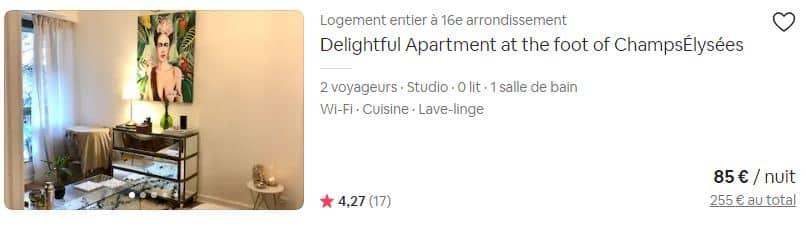 Le fait de mettre le titre de son annonce en Anglais est un signal fort marketing envoyé par ce propriétaire d'un appartement loué en courte durée à Paris