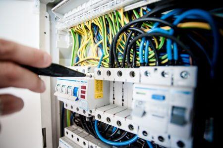 normes électriques location saisonniere